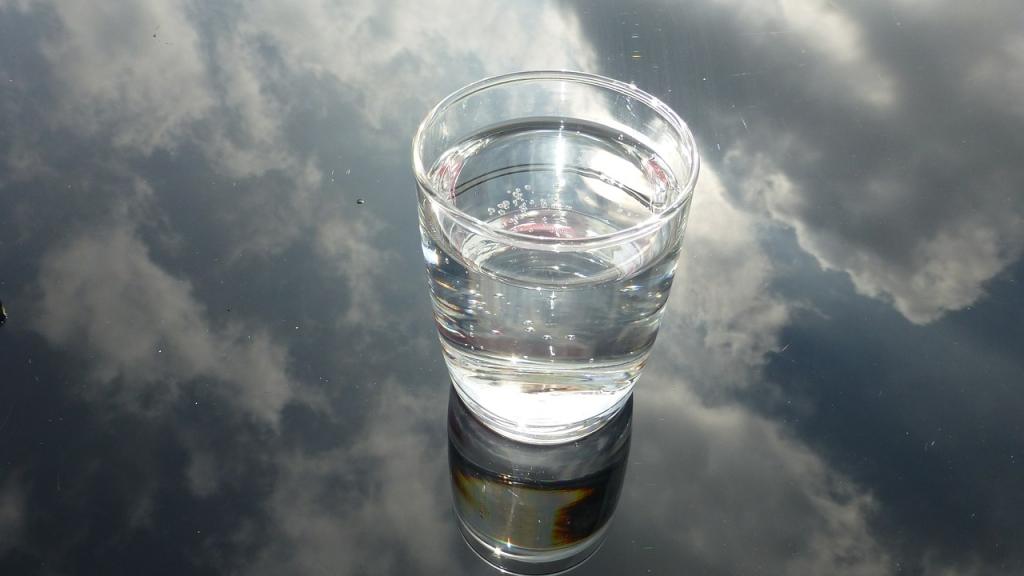glass-475446_1280-1024x576