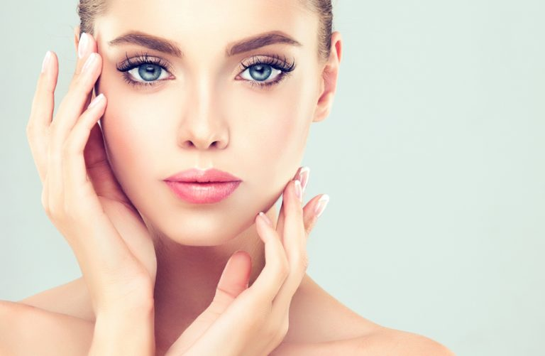 6 Natural Ingredients for Sensitive Skin